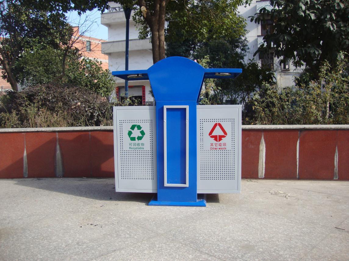 浙江垃圾桶厂家鹏创环保所生产的户外分类垃圾桶款式